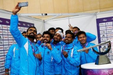 PM Modi leads praise of Indian hockey team!